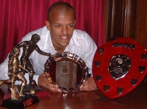 Past winner. Robert Earnshaw