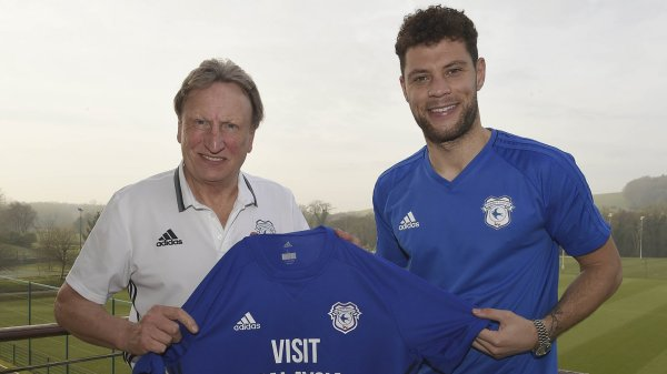 Bluebirds confirm Wildschut signing