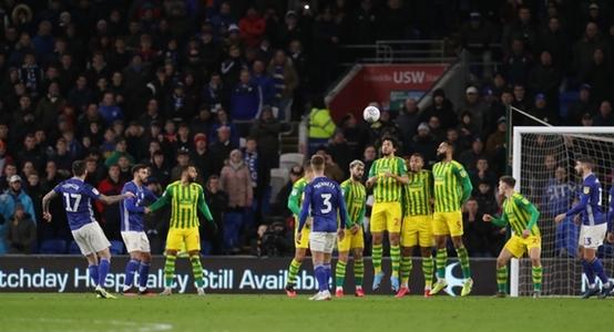 Tomlin scores, Smithies saves as Cardiff win