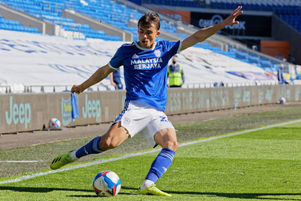 Sang signs new Cardiff deal