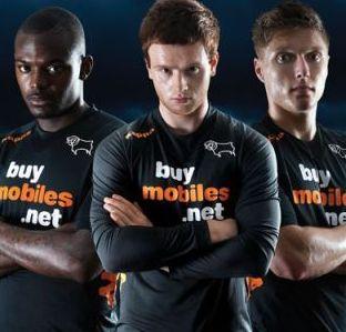 new away kit 2012-13.JPG