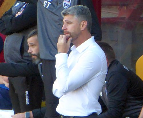 Motherwell self-destruct to lose to Ross County