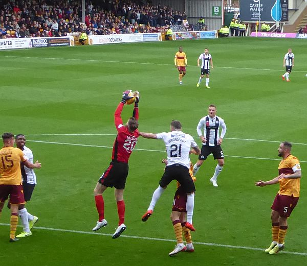 Motherwell keep the run going with a win against St Mirren