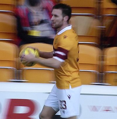 Motherwell move up after a 2-0 win over Kilmarnock