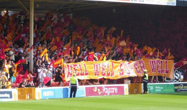 Motherwell grind out a win over Dundee