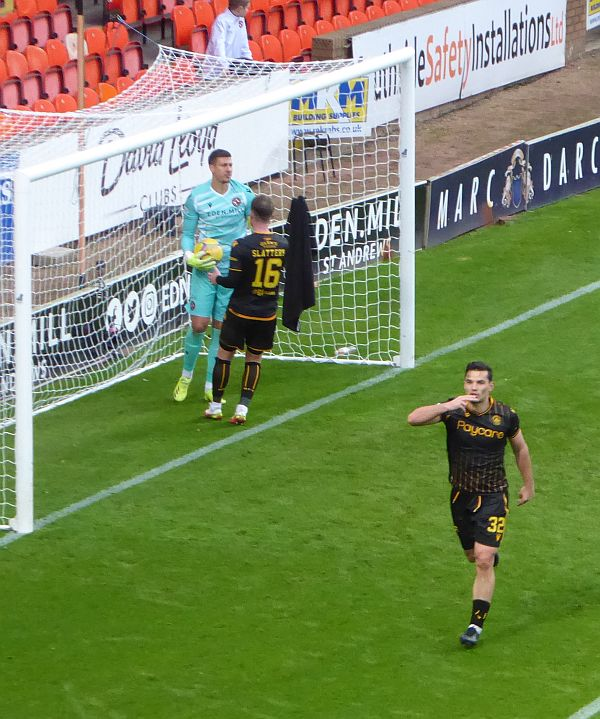 Motherwell leave Tannadice with nothing